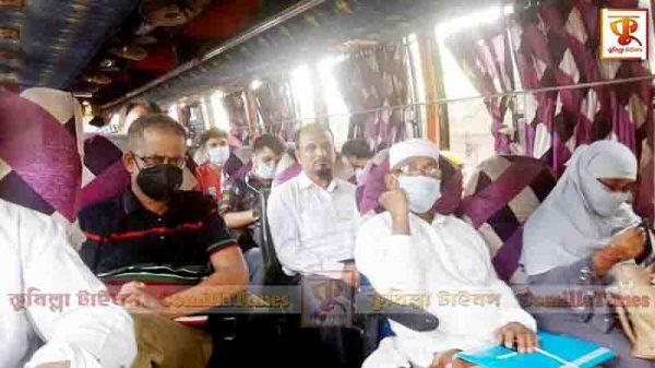 কুমিল্লায় বাসের ভেতরে মানা হচ্ছে না স্বাস্থ্যবিধি